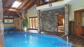 Piscina climatizada Casa Bonita Navacerrada