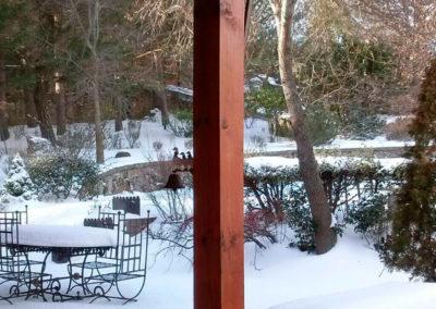 Porche nevado Casa Bonita Navacerrada
